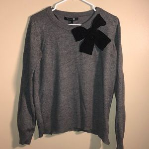 Forever 21 Gray Crewneck Sweater Black Bow Detail